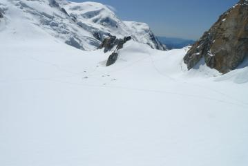 Camping near Cosmiques Hut