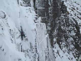 crux move on Ewen Buttress