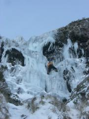 Unknown climber leading the first pitch of The Screen