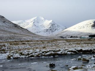 The Queen of the Southern highlands. Ben Lui Feb 2009.