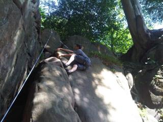 Nice easy warm up climb and great for beginners. Harrisons Rocks; Fingernail Crack (79)