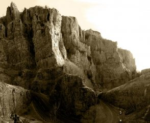 Cheddar, England's answer to the Verdon Gorge.....kind of.