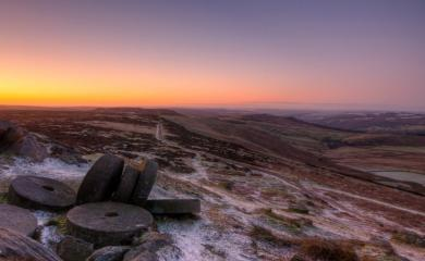 Dawn at Stanage Millstones