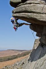 A sunny day at Stanage