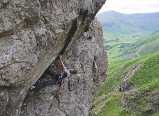 Contemplating the tricky bit - Stopper Knot E8 6c. First Ascent.