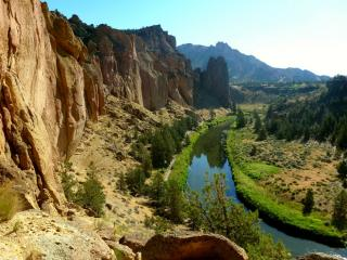 Smith Rock National Park from Astrix Pass