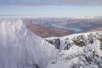 Climbers on Tower Ridge in fantastic conditions