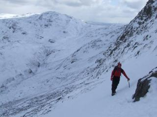 Rising traverse to Cust's Gulley Stunning day