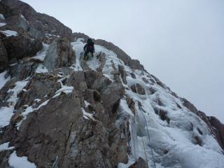 Graham on P1 of Central Gully IV4