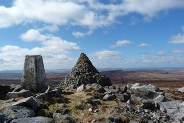 The summit of Cairn Table.
