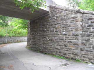 Stank Side Wall
