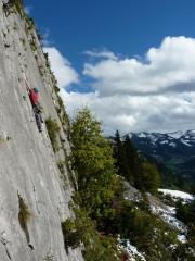 Ryan on a Fr.5a at Mont Chauffe Sud