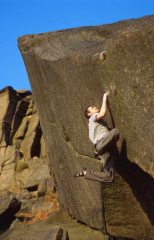 Stanage Bouldering 4: The Joker (F8a), Plantation