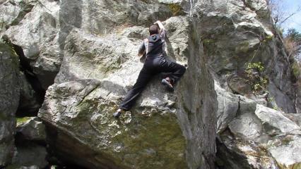 Sunny climbing at Achray