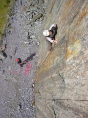 Ally Smith mid crux on Fools Gold, E2 5c, Bus Stop Quarry, Llanberis