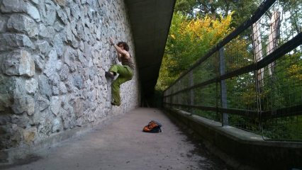 right hand traverse better training than Kendal wall and more free ;)