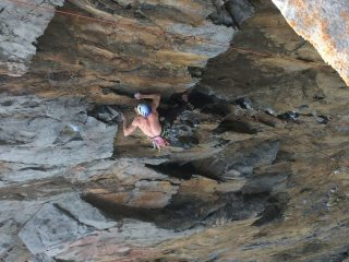 Howard Lawledge going for it through the crux of Grezelda, Grezelda, E6 6a, Box Zawn.