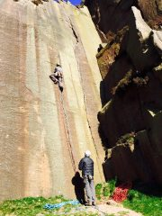 Martin Bagshaw leading Time for Tea Original E1 5b - Millstone Edge - Eastern Peaks