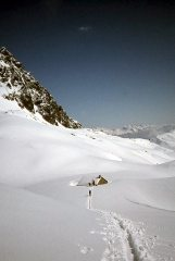 The old Lac Blanc hut Easter 1975, 92 kb