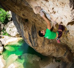 Profesional Climbers Coaching  , Courses, holidays, expeditions, accommodation Premier Post, 4 weeks @ GBP 35pw