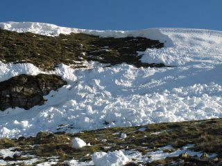Avalanches can happen almost anywhere. Pen y Ghent path in November
