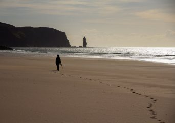 The end of a good day's cragging at Sandwood Bay, 110 kb