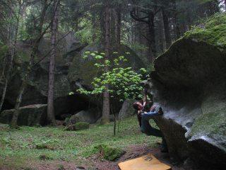 Bouldering in Bagni di Masino