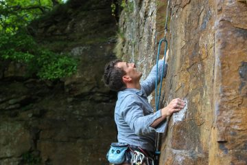 'Cowboy' Andy takes on Lundy Boy 6b at Tirpentwys