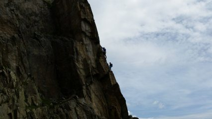 Unknown climbers on 4th pitch of Crakoukass