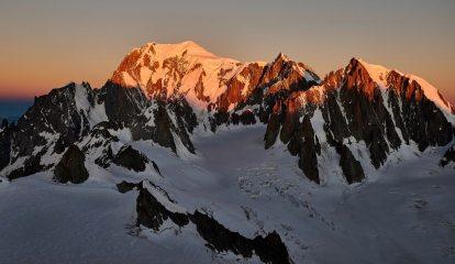 Mont Blanc Sunrise, 150 kb