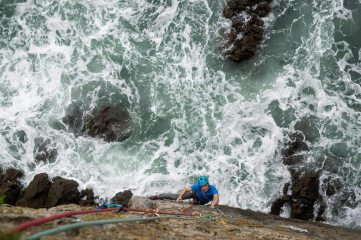 Euan seconding up Wraith at Mother Carey's Kitchen, 146 kb