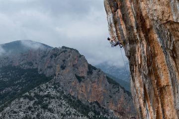 "Michael Schreiber climbs ""Goliath"" 8b, a 60m long pitch at the impressive sector of Elona, Leonidio / Greece , 234 kb"