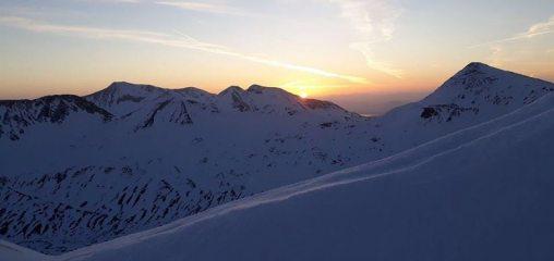 Sunrise from Devil\'s Ridge., 33 kb