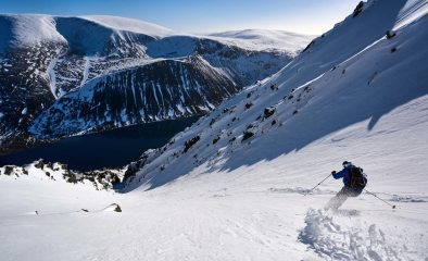 Finding some pretty special gully lines above Loch Einich, 198 kb