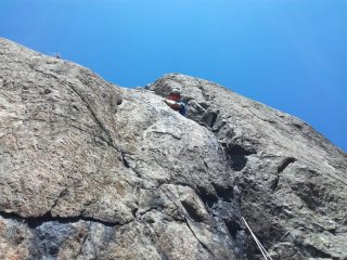 Erik Button getting acquainted with the off-width on pitch 3 of Spectre