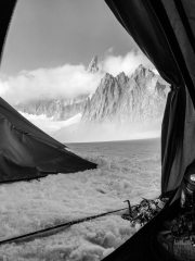 Camping on Col Du Géant, with Dent du Géant towering out of the clouds., 82 kb
