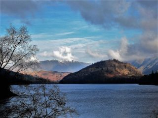Blencathra Mt from Thirlmere Lake, 143 kb