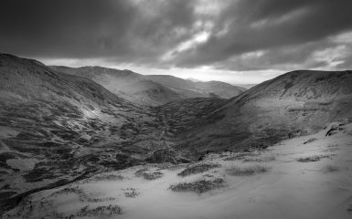 Black & White of the glen between The Cairnwell and Carn nan Sac, Glenshee., 208 kb