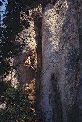 Kim Carrigan on the now-banned Confines, Buoux April 1983, 135 kb