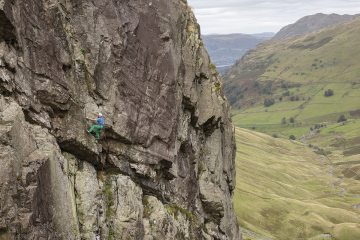 Mark Glaister on Grand Prix (E3) at Raven Crag - Threshthwaite Cove (from Lake District Climbs Rockfax).