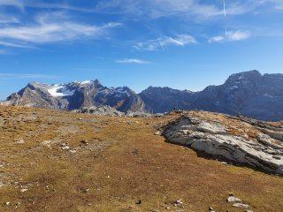 Glärnisch on the left from the summit of Silberen, Bös Fulen on the right