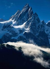 Aiguille de Blatière, the morning after an early winter storm., 243 kb