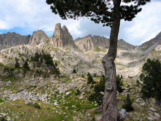 Spanish Pyrenees, 789 kb