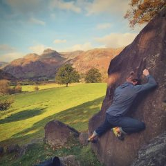 "Working ""Ed's Traverse"" at Langdale Boulders!, 111 kb"