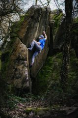 Dan Dean showing the gaston strength at Cademan Woods, 410 kb