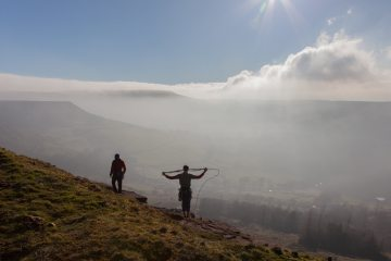 Coiling the rope above the clouds at Castle Naze, 321 kb