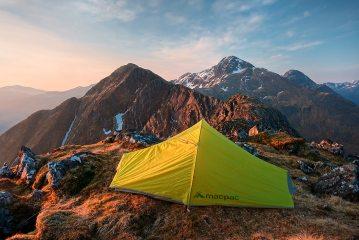 Five Sisters camp - on Beinn Bhuidhe looking to Sgurr nan Saighead and Sgurr Fhuaran, 623 kb