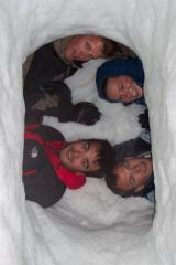 Having spent 4 hours digging the snow hole, we're ready for a night on the vallee blanche.