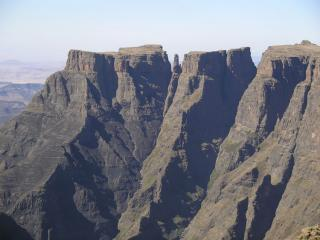 The rim of The Amphitheatre, Drakensberg, SA
