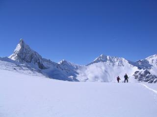 Approaching the Col St Veran, Queyras
